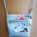 virágos kisvödör táska lepkével, Táska, Válltáska, oldaltáska, Ezt a táskát textilbőr és bútorszövet kombinálásával készítettem . A táskának egy nagy ..., Meska