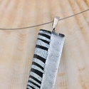 Irizáló ezüst, fekete üvegékszer, medál, Ékszer, Ruha, divat, cipő, Nyaklánc, Medál,  Többszöri olvasztással, csiszolással, különleges dicroich irizáló üvegből készült medál. Mérete 32m..., Meska