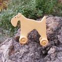 Játék fakutya, fa kutya, gurulós fajáték, Játék, Fajáték, Játékfigura, Juharfából készült fajáték. Mérete:15x11x4cm, Meska