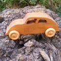 Játék fakocsi, teherautó, Játék, Fajáték, Cseresznyefából készült fajáték. Színtelen olajjal kezelve. Mérete:16x6,5x6cm, Meska
