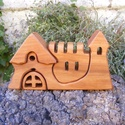 Fa vár, fa házikó,fa építő, Játék, Fajáték, Készségfejlesztő játék, Famegmunkálás, Cseresznyefából készült, szétszedhető gyerekjáték, vagy  szobadísz. Színtelen olajjal kezelve. Mére..., Meska
