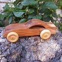 Játék fakocsi, fa autó, sportkocsi, Játék, Fajáték, Famegmunkálás, Almafából készült fajáték. Színtelen olajjal kezelve. Mérete:15,5x5x6cm, Meska