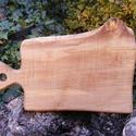 fa  vágódeszka, lapító, Konyhafelszerelés, Vágódeszka, Famegmunkálás, Egy darab keményfából /juharfa/ készült  vágódeszka. Nem ragasztott, nagyon tartós. Mérete: 39x25x2..., Meska