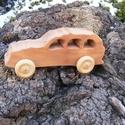 Játék fakocsi, fa autó, terepjáró, Játék, Fajáték, Körtefából készült fajáték. Mérete:16,5x7x6cm, Meska