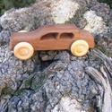 Játék fa autó, fakocsi, bogárhátú, Játék, Fajáték, Szilfából készült fajáték, színtelen olajjal kezelve, Nincs színezve, a fának a természetes színe. M..., Meska