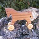 Játék fapaci, fa ló, gurulós fajáték, Játék, Fajáték, Játékfigura, Szilfából készült fajáték. Mérete:14x11x4cm. Színtelen olajjal kezelve. Nincs színezve, ez a fának a..., Meska