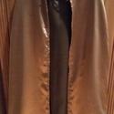 Palást, Gyerek & játék, Játék, A palástot aranyszínű selyemből varrtam, arany színű díszítő szalagot varrtam a felvarrásra. Nyakáná..., Meska