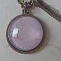 Mályva#1, Ékszer, Nyaklánc, 2cm-es medál antik bronz foglalatban hozzá illő 50cm-es láncon.   Repesztett hatású régies ki..., Meska