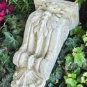 Antik fali konzol, Szobrászati gipszből készült, antikolt fali ko...