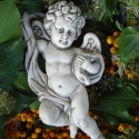 Antik reneszánsz angyal, Dekoráció, Otthon, lakberendezés, Ajtódísz, kopogtató, Reneszánsz angyal szobrászati gipszből, antikolva. Falra akasztható, de jól használható egyéb díszít..., Meska