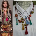 Ethno, Ékszer, Nyaklánc, A nyaklánc idézi a természeti kultúrák egyszerű nyakékeit, bojtokkal, színes és mintás  fa gömb gyön..., Meska