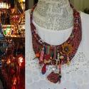 Arab souk, Ékszer, Nyaklánc, A souk az arab országok piaca, ahol az egyed kézműves termékek ,bőrök, szövött textilek sokféle szín..., Meska