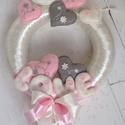 Sok szíves, LOVE -AJTÓDÍSZ, Love- felirattal csodaszép dísze lehet ajtónak,...
