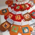 24 db filc kesztyű-MÉG ELKÉSZÜL!! :-), Dekoráció, Ünnepi dekoráció, Karácsonyi, adventi apróságok, Adventi naptár, Varrás,   Csodaszép 24 db filc kesztyű-Adventi naptár. Akasztókkal...Színesek, mesés mintával! Kizárólag ké..., Meska