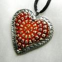 Kerámia szív medál , Ékszer, Medál, Nyaklánc, Kerámia, Ötvös, Saját tervezésű egyedi kézműves alkotás.  A medál Tiffany technikával készült kerámia szív és ólomm..., Meska