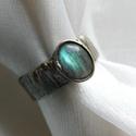 FOGLALVA! Labradorit gyűrű, Saját tervezésű egyedi kézműves alkotás.  A ...