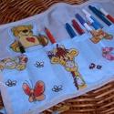 Ceruzatartó - ceruzatekercs színeseknek, Baba-mama-gyerek, Játék, Gyerekszoba, Tárolóeszköz - gyerekszobába, Általam varrt ceruzatekercs, amiben kisfiúk színeseiket tarthatják, de kislányoknak is kedvence..., Meska