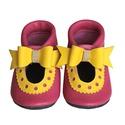 Bőr puhatalpú szandál - Nagy masnis - Pink/Sárga, Baba-mama-gyerek, Ruha, divat, cipő, Cipő, papucs, Teljesen bőr babacipő, mely ideális a járni tanuló babáknak, vagy nagyobb gyermekeknek.  15-26-os mé..., Meska