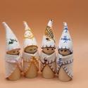 Manók - minden évszakra - waldorf  módra, A négy kis manó alapja kis fa figura. Gyapjúfil...
