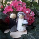 Esküvői dekoráció vagy ajándék- menyasszony-vőlegény - torta-tető-dísz, A menyasszony és a vőlegény alapja kis fa figur...
