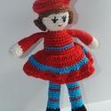 Marcsi baba, Játék, Játékfigura, Marcsi baba Pamutfonalból készítettem, piros sapkában és ruhában. Kézmeleg vízben kézzel mo..., Meska