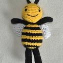 Méhecske, Mindenmás, Kulcstartó, Méhecske  Pamut fonal + PE töltet horgolt  kb. 22cm, Meska