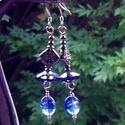 Kianit, Ékszer, óra, Esküvő, Fülbevaló, Esküvői ékszer,   Egy gyönyörű csiszolt kék kristály, valamint egy pici ovális kianit gyöngy díszíti ezt az ékszert...., Meska