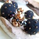 Arany-fekete - trüffel karkötő, Különböző nagyságú gyöngyökből fűzött g...