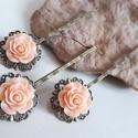 Hajcsat , Ékszer, Ékszerkészítés, Egyszerű, de annál szebb, sárgaréz filigrán hullámcsat alapokra rögzített barackvirág színű  rózsák..., Meska