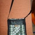 Férfi kockás farmertáska, Táska, Férfi táska, Válltáska, oldaltáska, 25x30 cm kockás, fekete farmerből készült táska sok zsebbel.  Újrahasznosított táska. Fiúkn..., Meska