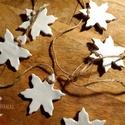 Karácsonyi csillagfüzér, Karácsony & Mikulás, Karácsonyfadísz, Gyurma, Kézzel készült karácsonyi csillagfüzér, mely nem csak a karácsonyfa dísze lehet, otthonodat is ünne..., Meska