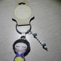 Gésa kulcstartó gyöngyökkel díszítve (lila), Dekoráció, Mindenmás, Kulcstartó, Dísz, Ezt a kedves kulcstartót filcanyagból készítettem. Színében illő fonallal öltöttem össze, ..., Meska