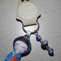 Gésa kulcstartó gyöngyökkel díszítve (kék), Dekoráció, Mindenmás, Kulcstartó, Dísz, Ezt a kedves kulcstartót filcanyagból készítettem. Színében illő fonallal öltöttem össze, ..., Meska