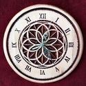 Mandala Flióra, Dekoráció, Képzőművészet, 24x24 cm. Ék faragási technikával készült. Alapanyaga: bükkfa, felületkezelése vizes pác , majd leno..., Meska