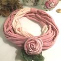 RENDKÍVÜLI ÁRENGEDMÉNY!!!!! Tündérrózsa - rózsa bross textillánccal , Ékszer, Nyaklánc, Rendkívüli lehetőség! Nagyon kedvező ár! A púderes, nagyon szép árnyalatú, szatén rózsa ..., Meska