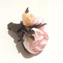 Illatos rózsák - textilékszer - bross, Ékszer, Bross, kitűző, Ékszerkészítés,  A különleges rózsaszínes árnyalatú rózsãkat festettem, különleges bronzos árnyalatú taft anyagból ..., Meska