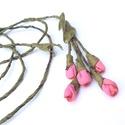 Rózsaszín rózsaszálak-textilékszer-rózsás nyakék, Ékszer, Dekoráció, Nyaklánc, Csokor, Az aprócska rózsaszálak, a legszebb rózsaszín árnyalatú textilből készültek, hogy igazán romantikus,..., Meska