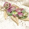 Romantikus teadélután -textilékszer-rózsás nyakék, Ékszer, Nyaklánc, Ékszerkészítés, Különleges árnyalatúra saját kézzel festettem ezeket a vászon rózsákat, krémszínű levelekkel ölelte..., Meska