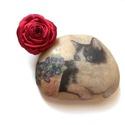 AKCIÓ!!!!! Igazi piros rózsa  - gyűrű, Ékszer, Gyűrű, Erre a színre mondjuk azt, hogy igazi klasszikus. Ez a hangsúlyos szaténrózsa egy igazi karakteres d..., Meska