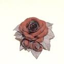 Bronzos rózsák ezüst leveleken - bross, Ékszer, Otthon, lakberendezés, Bross, kitűző, Bronzos és ezüstös rajzolatú, magnólia mintás nyakkendőselyemből készült ez a rózsa. Romantikus és e..., Meska