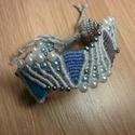 Makramé karkötő kék-ezüst, Ékszer, óra, Karkötő, Egyedi, kézzel készített karkötő pamut fonalból, gyöngy díszítéssel. Hossz: 15cm , Meska