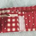 Origami pénztárca piros, kockás, Táska, Pénztárca, tok, tárca, Pénztárca, Varrás, Patchwork, foltvarrás, Pamut szövetbő patchwork technikával készült 3 részre hajtogatott pénztárca. Aprópénz, papírpénz és..., Meska
