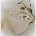 Menyasszonyi táska.  Beige varázslat, őszi hangulatban, Esküvő, Táska, Esküvői ékszer, Esküvői csokor, Hímzés, Varrás, 15 cm-es fémkeretre készítettem ezt a menyasszonyi, majd később alkalmi  táskát Alapanyaga kreshvás..., Meska