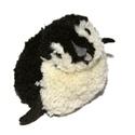 Táncoló pingvin, Dekoráció, Játék, Otthon, lakberendezés, Játékfigura, Mindenmás, Egy nagyon vidám kis táncoló pingvin az örök tél világából. Feje, teste fekete, fehér fonalból kész..., Meska