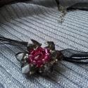 Liliomos nyaklánc , Ékszer, Medál, Nyaklánc, A termékeim között megtalálható Nymphaea gyűrűk alapján készítettem ezt a gyöngyörű és..., Meska
