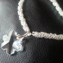 Jégkirálynő nyaklánca II. -  nyaklánc swarovski medállal, Ékszer, óra, Nyaklánc, Gyönyörűen csillogó, 11/0 méretű, kristály színű gyöngyökből fűztem ezt a csavart nyakl..., Meska