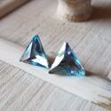 Háromszög - aquamarine színű swarovski fülbevaló, Ékszer, Fülbevaló, Szép, szabályos háromszög formájú swarovski kristályból  készítettem ezt a kis fülbevaló..., Meska