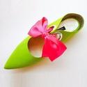 Zöld papucscipő, Ruha, divat, cipő, Cipő, papucs, Bőrművesség, Kézzel készült , lapos sarkú , textil papucscipő . Bőr béléssel , gumi talppal . Különböző színű sz..., Meska