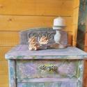 Komód,szekrény, asztalka antikolva, vintage