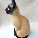 Macska hasonmás - egyedi tűnemez cica, számi macska, Otthon & lakás, Képzőművészet, Szobor, Dekoráció, Dísz, Egy hasonmás cica minden gazdi számára tökéletes meglepetés. Fénykép alapján dolgozom, egyedi megren..., Meska
